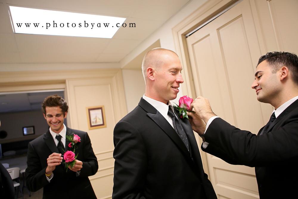 groomsmen_bouttonniere