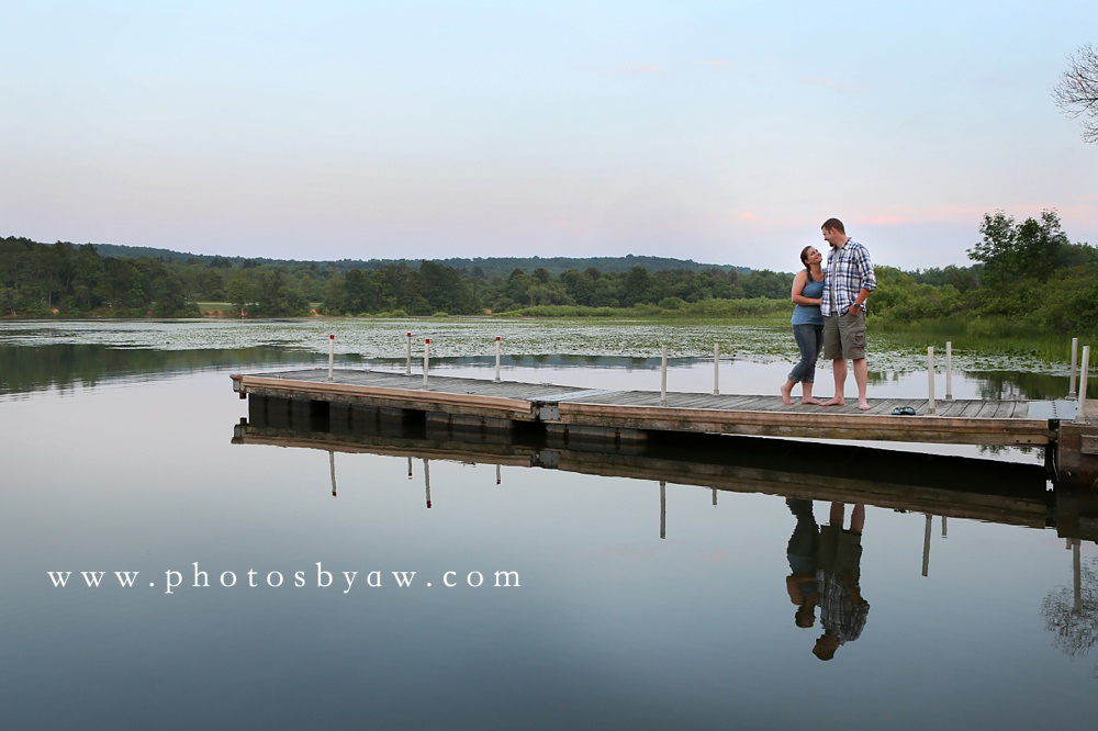 lake_engagement_photos