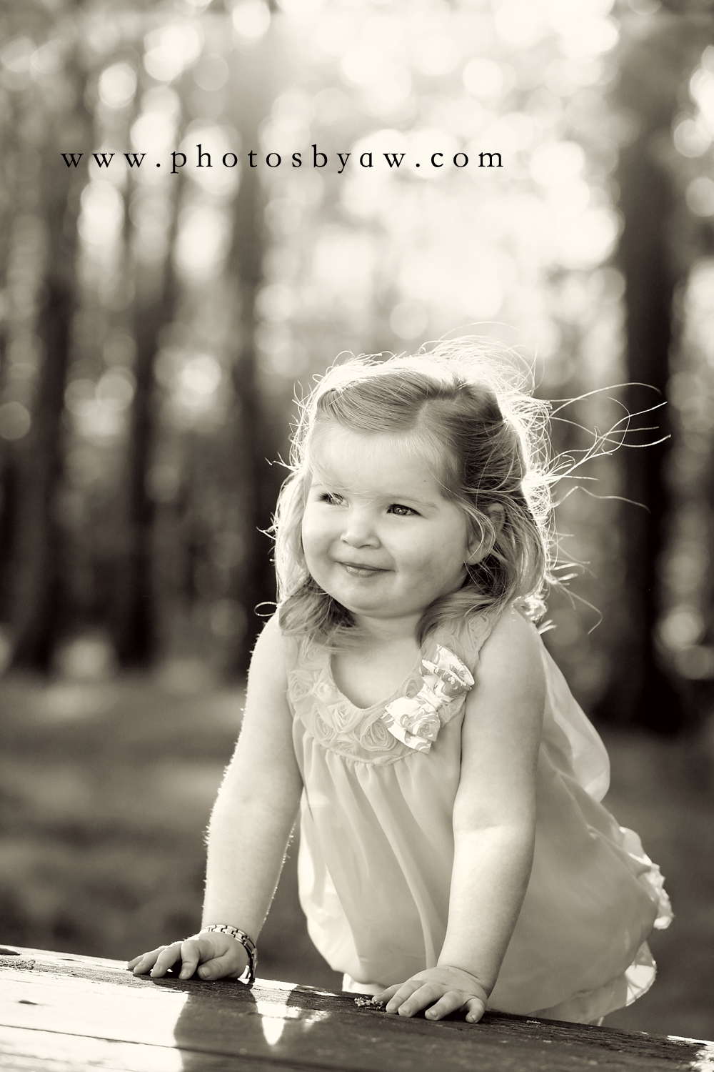 little-girl-black-and-white-photo