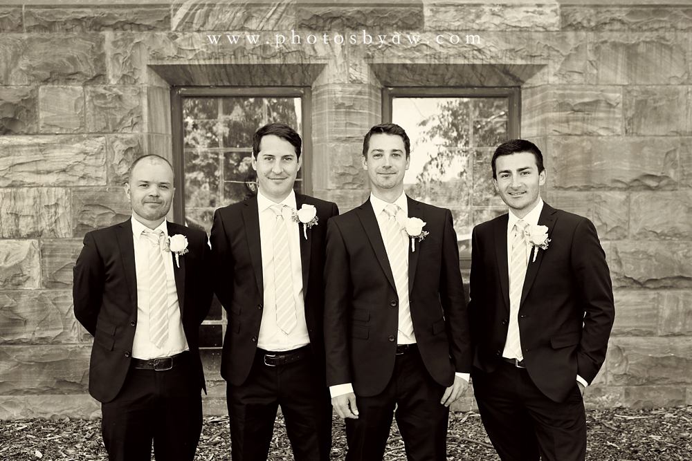 groomsmen_group_photo