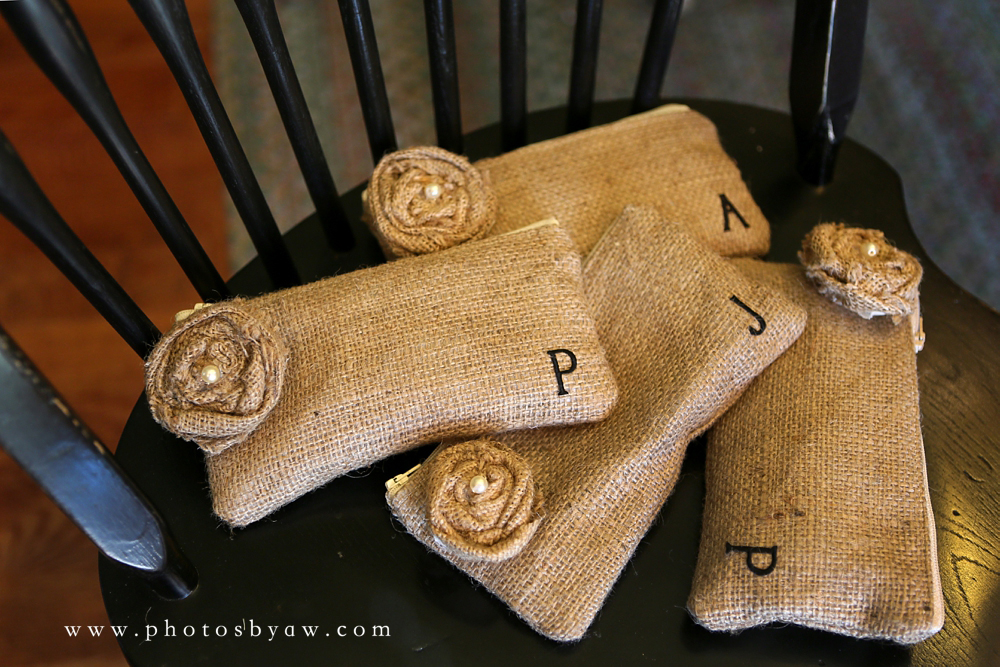 burlap_bridesmaid_gift