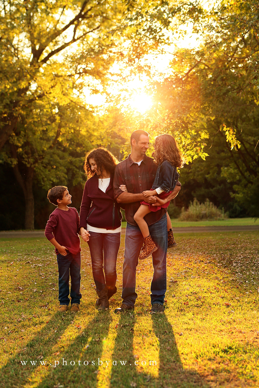 fall_family_sunset
